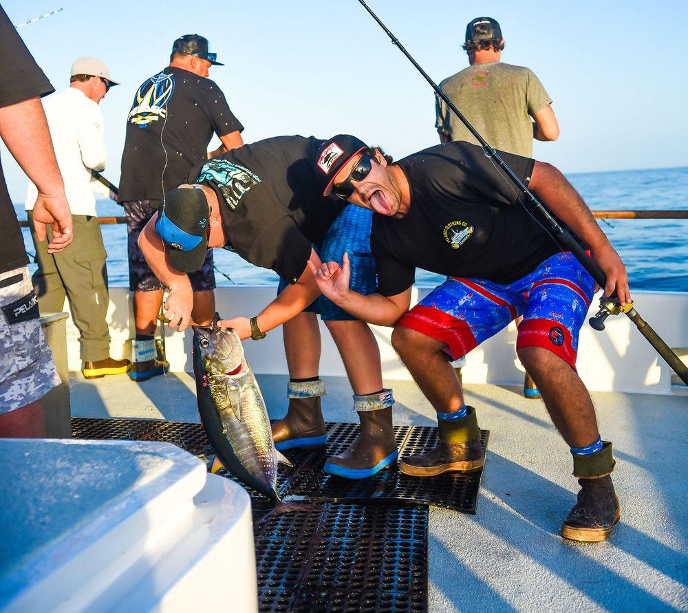 Pelagic Catchin A Buzz Sales Expedition Excel Sportfishing 21