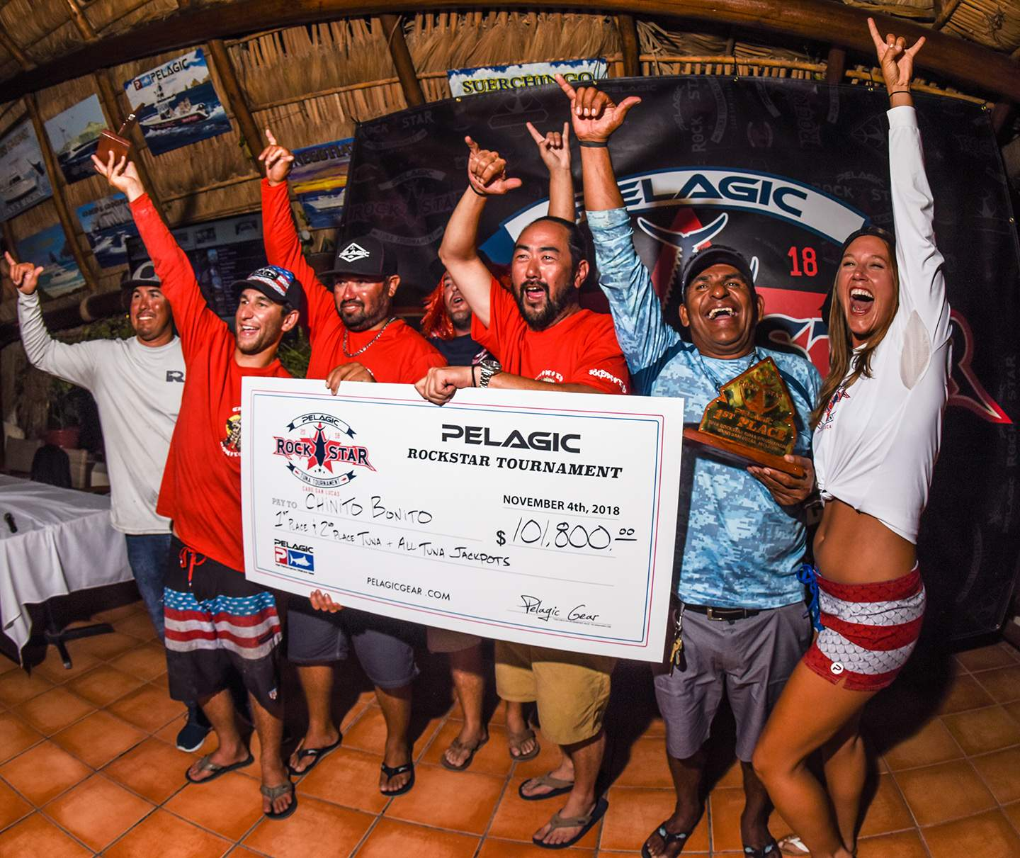 Chinito Bonito winning check Pelagic Rockstar Tuna Tourney