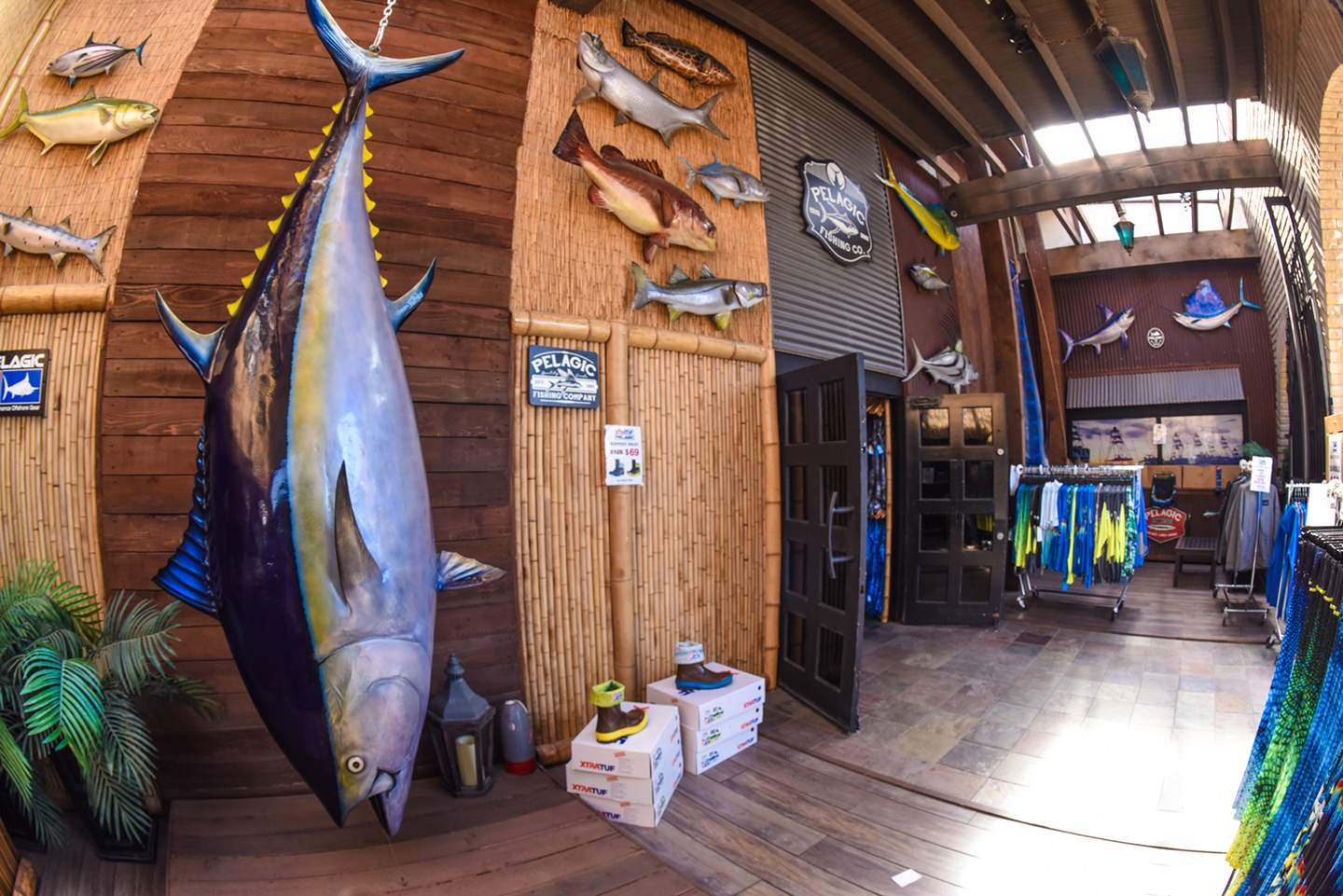 Pelagic California Retail Flagship Store 35