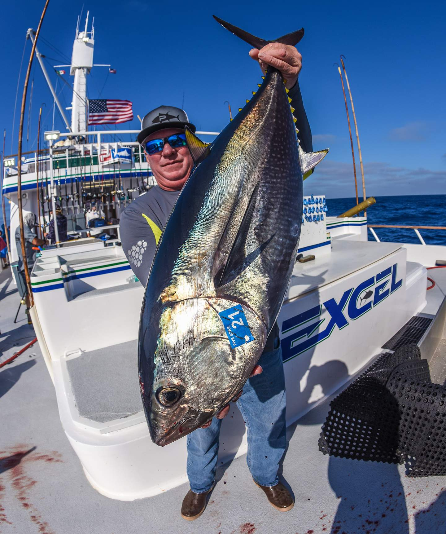 Pelagic Excel Catchin A Buzz Fishing Trip Bob Woodard Tuna
