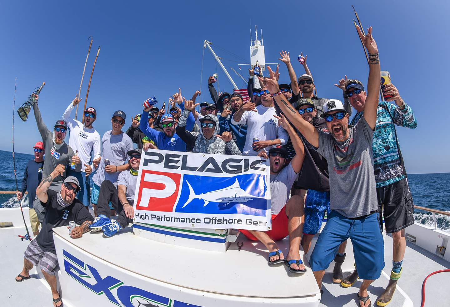 Pelagic Excel Catchin A Buzz Fishing Trip Group Shot