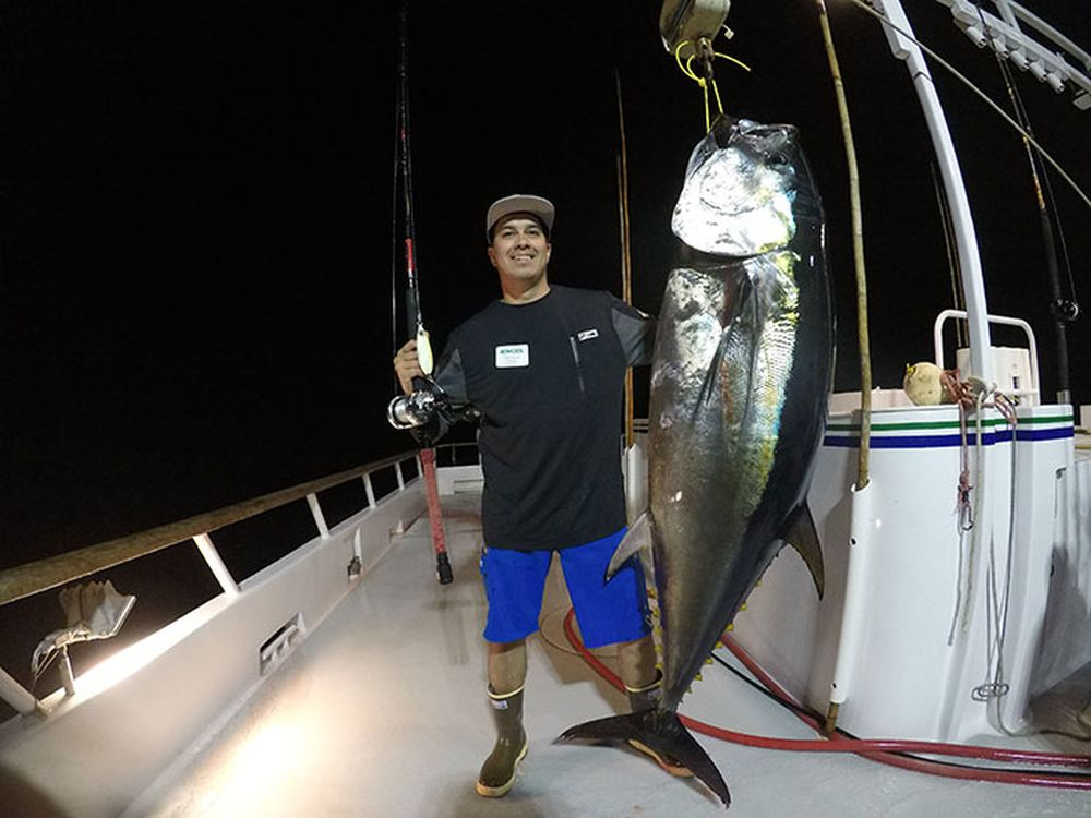 Pelagic Catchin A Buzz Sales Expedition Excel Sportfishing 25