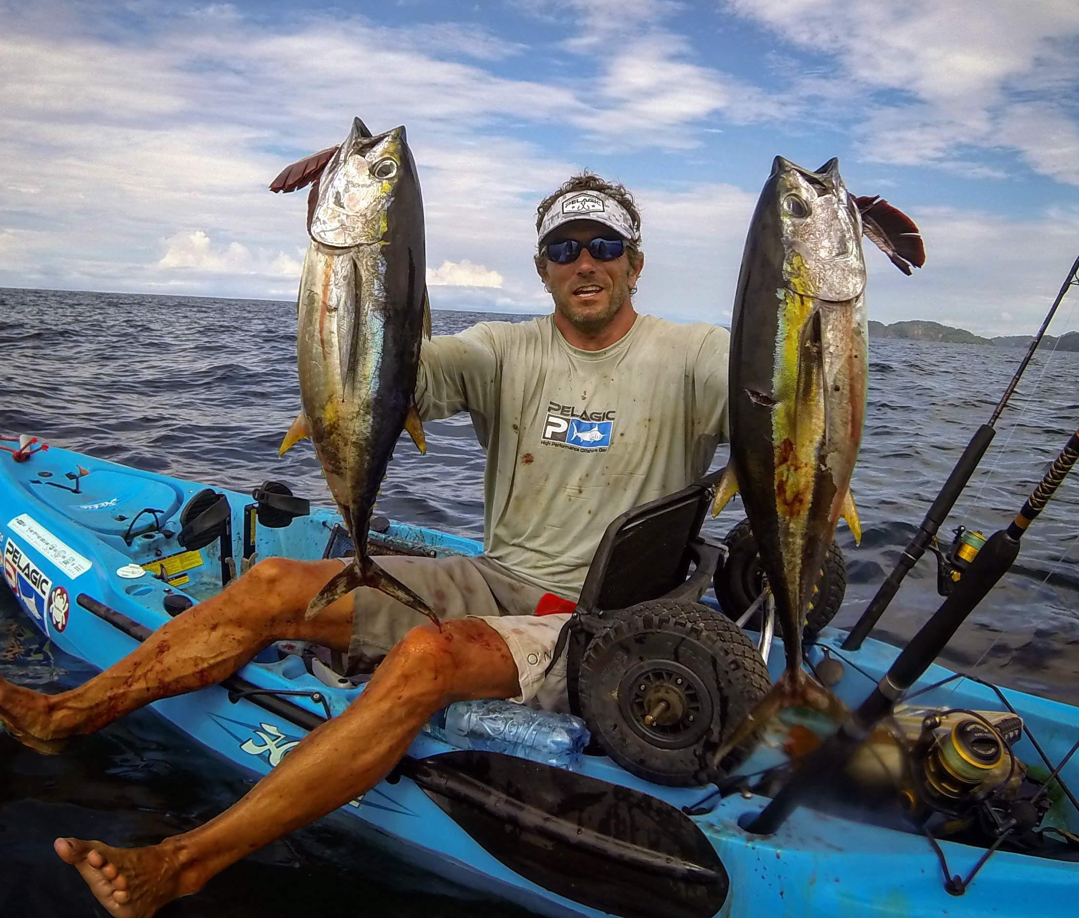Tuna in tight off Costa Rica 3
